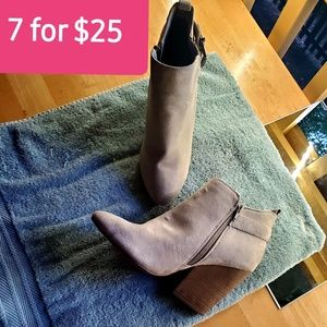 Shoes - 🍒7 for $25🍒 ON SALE